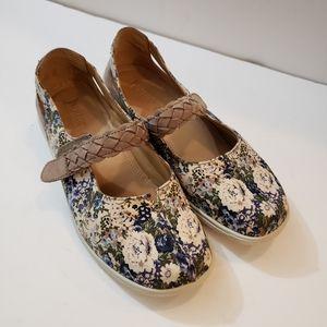 Hotter Shake Floral Mary Jane Shoes Size 9 EUC